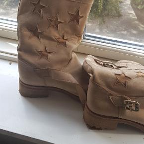 De fedeste stjerne støvler i læder
