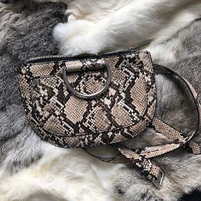 Zara bæltetaske