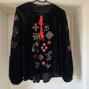 Embroidered velour top. Perfect condition