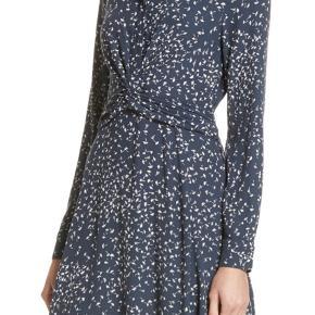 Smuk Ganni Barra Crepe Dress.