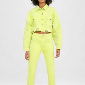de sejeste ZARA jeans i neon gul  WEEKDAY GANNI
