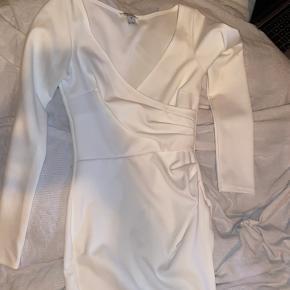Sælger denne kjole i str Xs - har haft en på en gang.