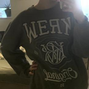 Kr3w sweater