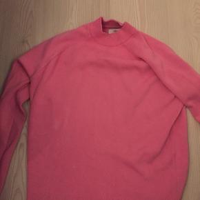 Lyserød trøje fra envii
