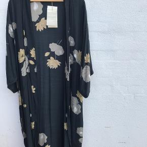 Rabens Saloner kimono