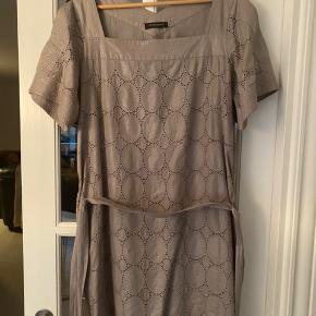 Bruuns bazar kjole som ny