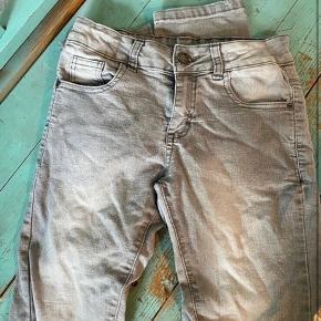 QueenZ bukser 152  - fast pris -køb 4 annoncer og den billigste er gratis - kan afhentes på Mimersgade 111. Kbh n - sender gerne hvis du betaler Porto - mødes ikke andre steder - bytter ikke