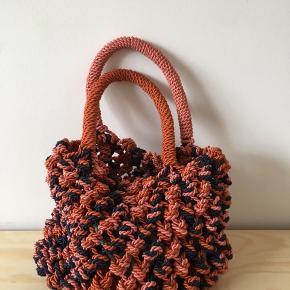 Skøn taske med knuder