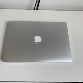 MacBook Pro Late 2012 Retina 13'.  Computeren kører fejlfrit og sælges kun, fordi jeg har købt en ny.