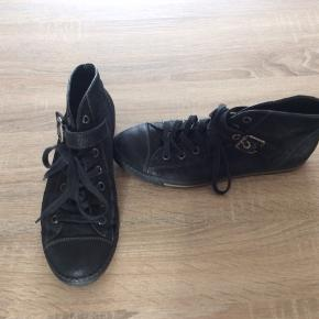 Poul Green Sneakers. Brugt 1 gang. Eminent komfort. Nypris 1400,-