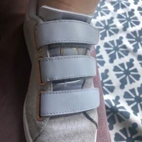 Lækreste sneakers fra puma, næsten som ny