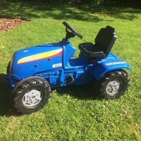 Stor pedal traktor, brugt men i fin stand