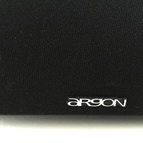 Sælger disse næsten ikke brugte højttalere, da jeg har fået nogle andre.  højttalere Farve: - Oprindelig købspris: 999 kr.