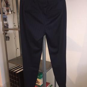 Fine nålestribede bukser fra Five Units 🌸