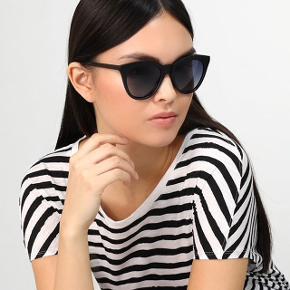Pilgrim solbriller  Brugt 1 gang Boks og etui medfølger  Np var 299