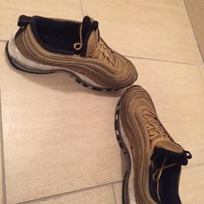 Nike Air Max 97 gold Cond 6 ca Replacement box medfølger Mp på 300kr BYD PB for mere
