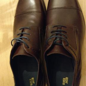 OLIVER JACOB So. Casual Lace Up Shoe I Brown