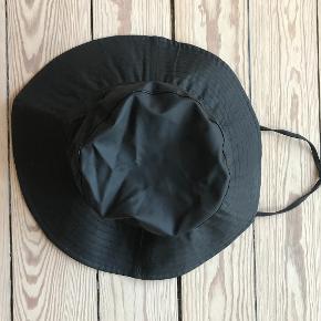 RAINS Hat & hue