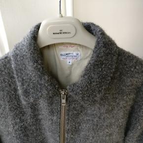 Gant Rugger curly bomber jakke, brugt få gange, dejlig blød og varm. Mp 700