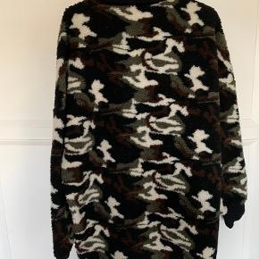 Fed camouflage kjole