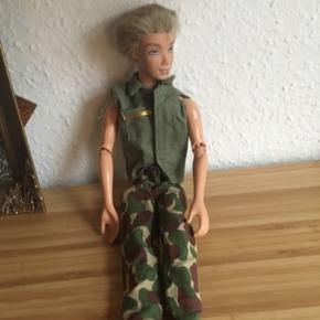 Barbie dukke - fast pris -køb 4 annoncer og den billigste er gratis - kan afhentes på Mimersgade 111 - sender gerne hvis du betaler Porto - mødes ikke andre steder - bytter ikke