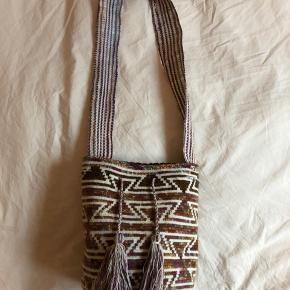 Smuk håndlavet taske