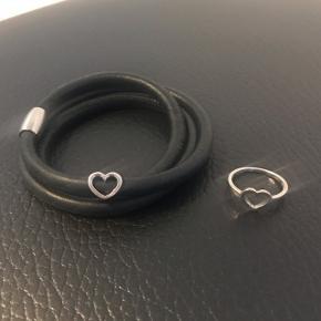Smykkesæt fra WISH. NYPRIS ring 300,- NYPRIS armbånd (kampagne) 495,- Sælges samlet for 100,-