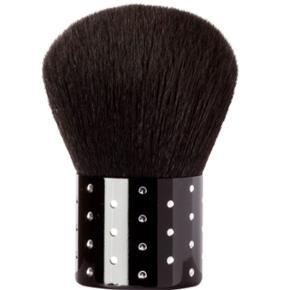 NILENS JORDBlack Diamond Kabuki Powder brush