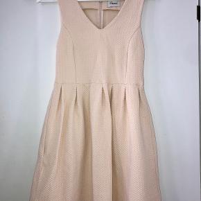 Kjole fra Ganni. Brugt meget få gange