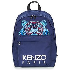 Sælger min Kenzo skoletaske, da jeg aldrig fik den taget i brug. Original stofpose medfølger.Købt i Kenzo store i Milano. Stand 10/10 (aldrig brugt) Nypris 195 euro =1450kr Pris 1200 Ellers byd, så finder vi ud af noget:-D