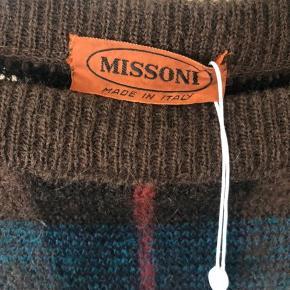 Skønneste bløde uldkjole fra Missoni. Ingen brugsspor. Sælger udelukkende fordi den er for stor til mig. Se også mine over 100 andre skønne annoncer 🌸