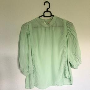#Secondchancesummer Mega fin bluse fra H&M Str: 34