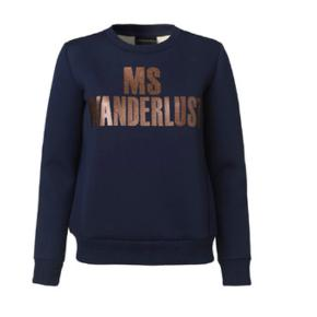 Np. 1400 kr.   Sælger Malene Birger sweatshirt, BYD!!