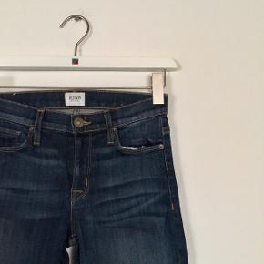 Helt nye mørkeblå jeans fra Hudson i str. 25  Modellen hedder Midrise Nico  Mærket sidder stadig på bukserne