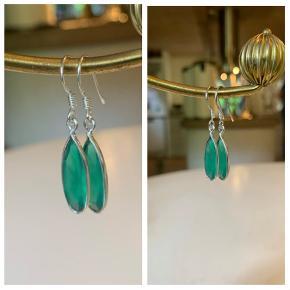 Smukke grønne onyks øreringe i sølv - stemplet 925, aldrig brugt. 150 kr