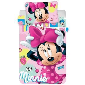 Minnie Mouse Junior Sengetøj Dynebetrækket er med lynlås. Dynebetræk størrelse: 100cm x 135cm Pudebetræk størrelse: 40cm x 60cm 100% Bomuld Kan maskinvaskes op til 60 grader, egnet til tørretumbler OEKO-TEX standard 100 certificeret Køb det i min netbutik lige her https://www.funshopper.dk/search/sengetøj