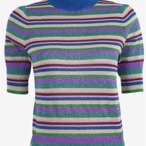 4af8fa3d7c6 Varetype: Bluse Farve: Multi Oprindelig købspris: 1399 kr. Prisen angivet  er inklusiv