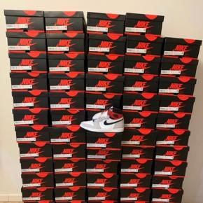 Air Jordan 1 OG High Smoke Grey  100% nye med kvittering  Prisen er fast!