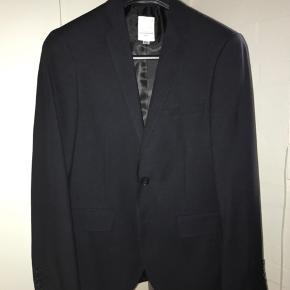 J. Lindeberg jakkesæt