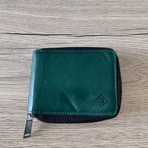 Flot pung fra Gant sælges Aldrig brugt og dermed fremstår som ny Mp 150kr