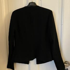 Great blazer, with great condition