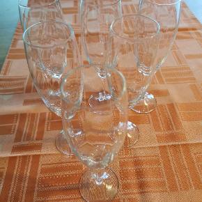 Champange / drinks glas Snogning i selve glasset H:20cm Sælges samlet Ingen skår