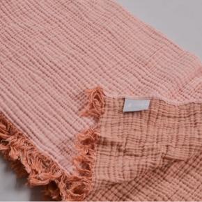 Hay sengetæppe farven peach i 270x270
