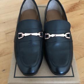 Super fine læder loafers fra ASOS. Aldrig brugt.  Kom med bud :)