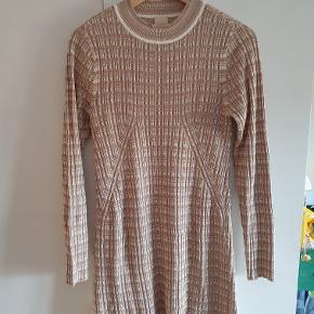 Fin kjole fra H&M Trend