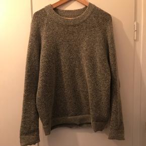 Den klassiske bobo knit fra Envii. Brugt er par sæsoner. Jeg har været så glad for den, men har for mange trøjer efterhånden.