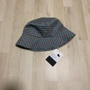 Birgitte Herskind hat & hue