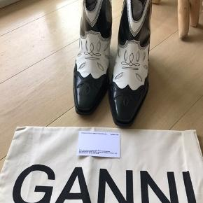 Never used Ganni boots with shoebox and bag