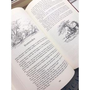 Smuk, tyk H. C. Andersen bog med tegninger i sort/hvid.  Rigtig fin stand  Perfekt som dåbsgave eller bare til hyggelige godnathistorier Købt midt 90'erne  (Flere H. C. Andersen bøger til salg)