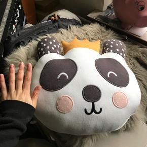 Panda pude fra sinnerup. Nypris 400,- og stadig med prismærke